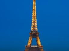 Neon Eiffel