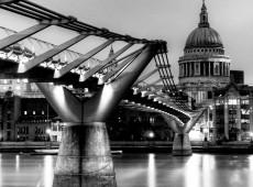 St Pauls & Millenium Bridge