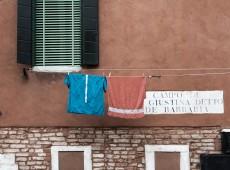 Venice Clothesline